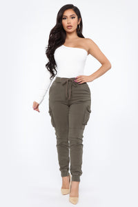 Stay In Your Lane Cargo Pant - Olive