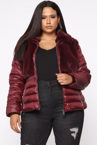 In The Loop Puffer Jacket - Burgundy Angle 6