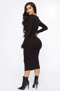 Beverly Button Front Midi Dress - Black Angle 4
