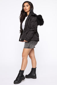I Got You Covered Puffer Jacket - Black Angle 4