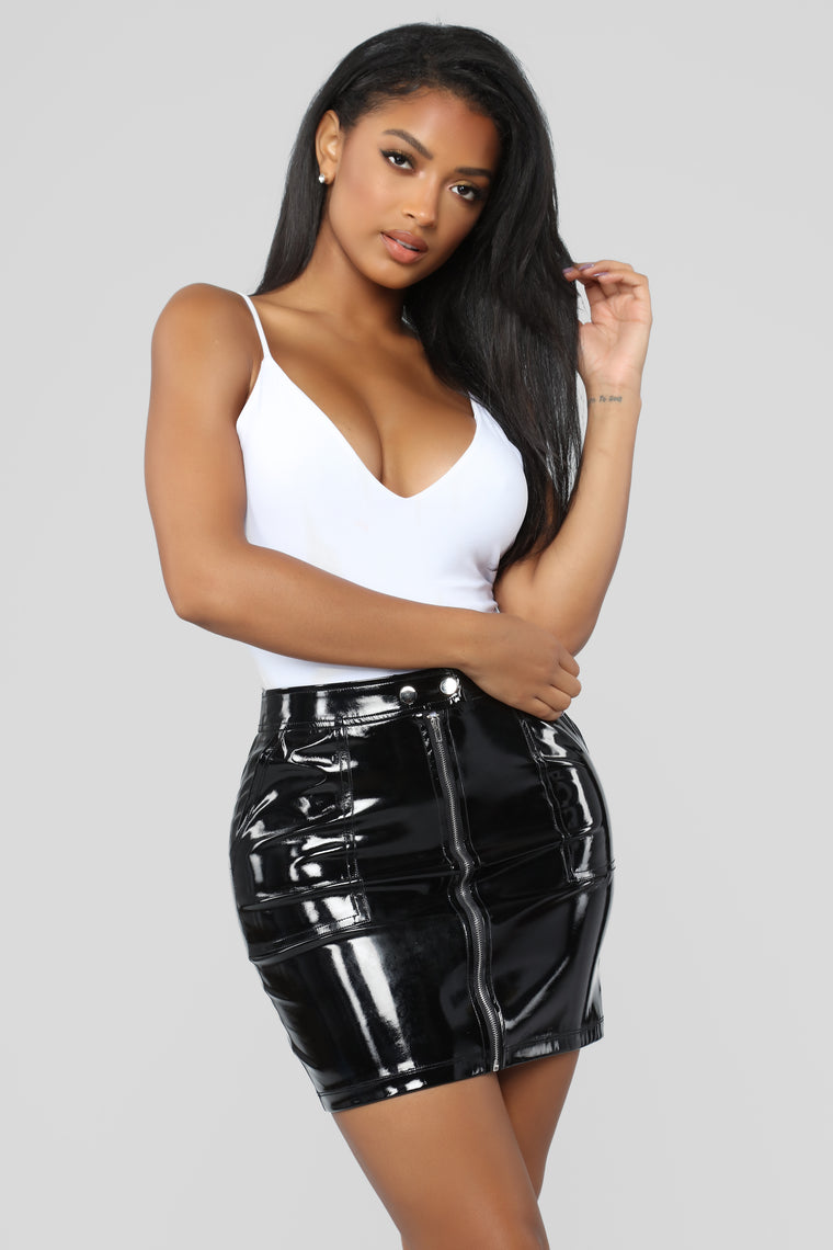Change Your Tone Latex Skirt - Black