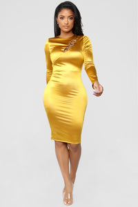 Ring Him In Dress - Mustard Angle 2