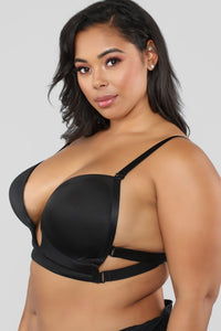 Loving My Curves Bra - Black Angle 2