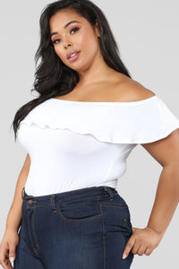 Liz Ruffle Off Shoulder Bodysuit - White