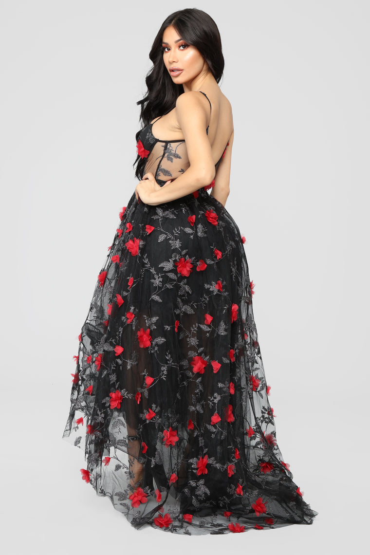 Full Of Drama Floral Gown - Black/Red