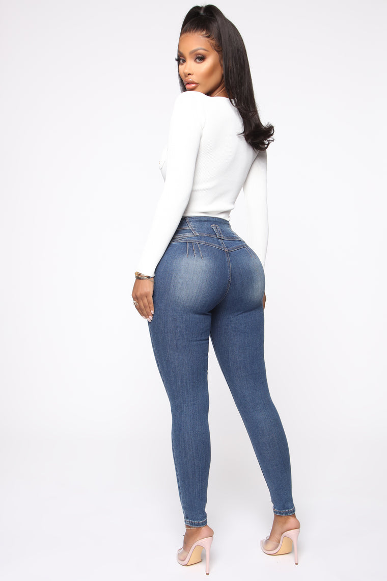 Trophy Booty Lifting Jeans - Medium Blue Wash