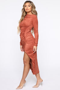 Persuede Me Midi Dress - Rust Angle 3