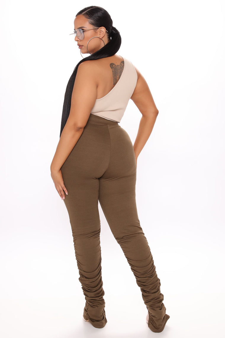 Stacked Mami Distressed Pant - Olive