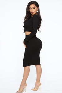 All Of The Button Skirt Set - Black