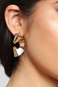 Bend The Rules Earrings - Gold