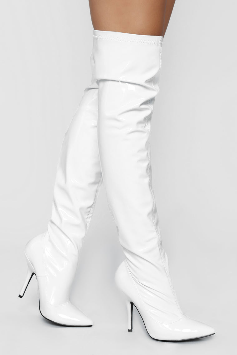 See That Glare Heeled Boot - White