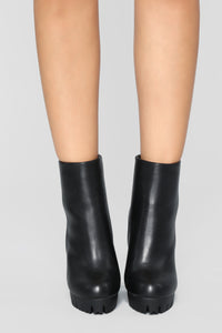Do The Talking Bootie - Black