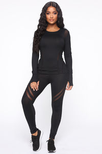 Sugar And Spice Active Lounge Sleeve Top - Black