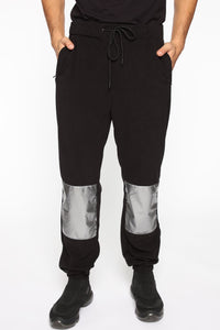 Expedition Unknown Jogger - Black/Combo