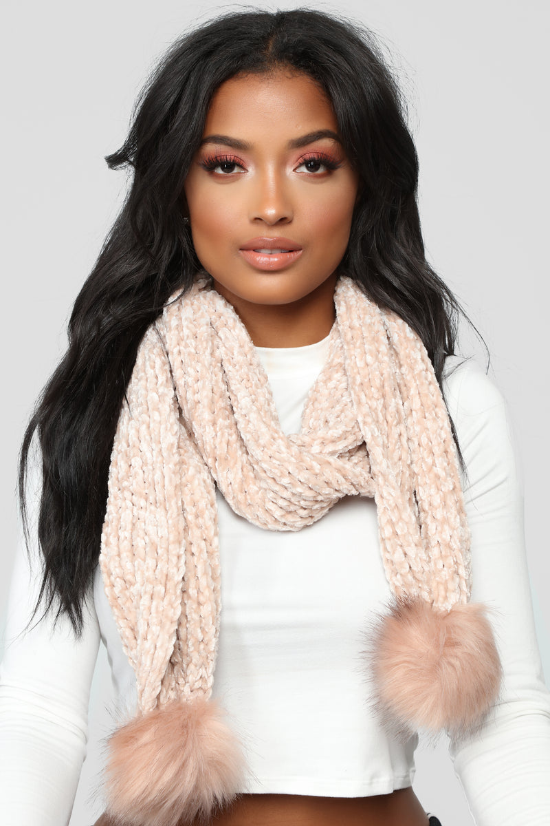 Chenille And Feel Scarf - Blush