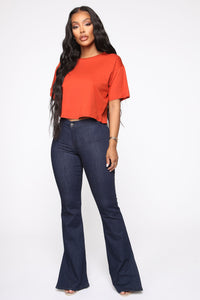 Leslie Cropped Tee - Rust Angle 2
