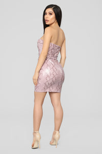Look Into My Eyes Dress - Pink
