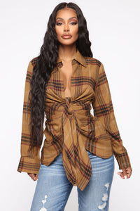 Good Behavior Plaid Top - Camel/Combo