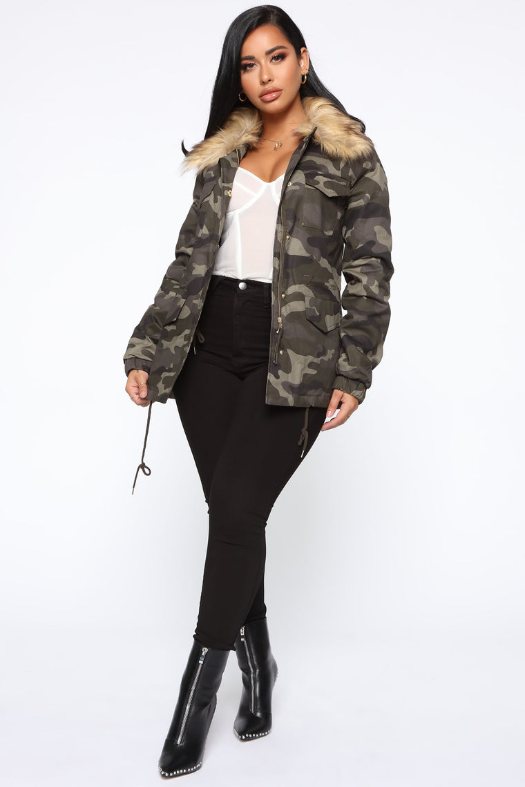 In Plain Sight Camo Jacket - Camo