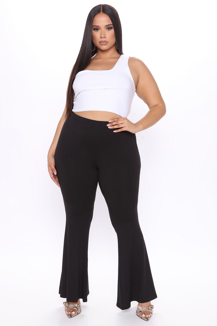 Ruched Butt Yummy Flare Pant - Black