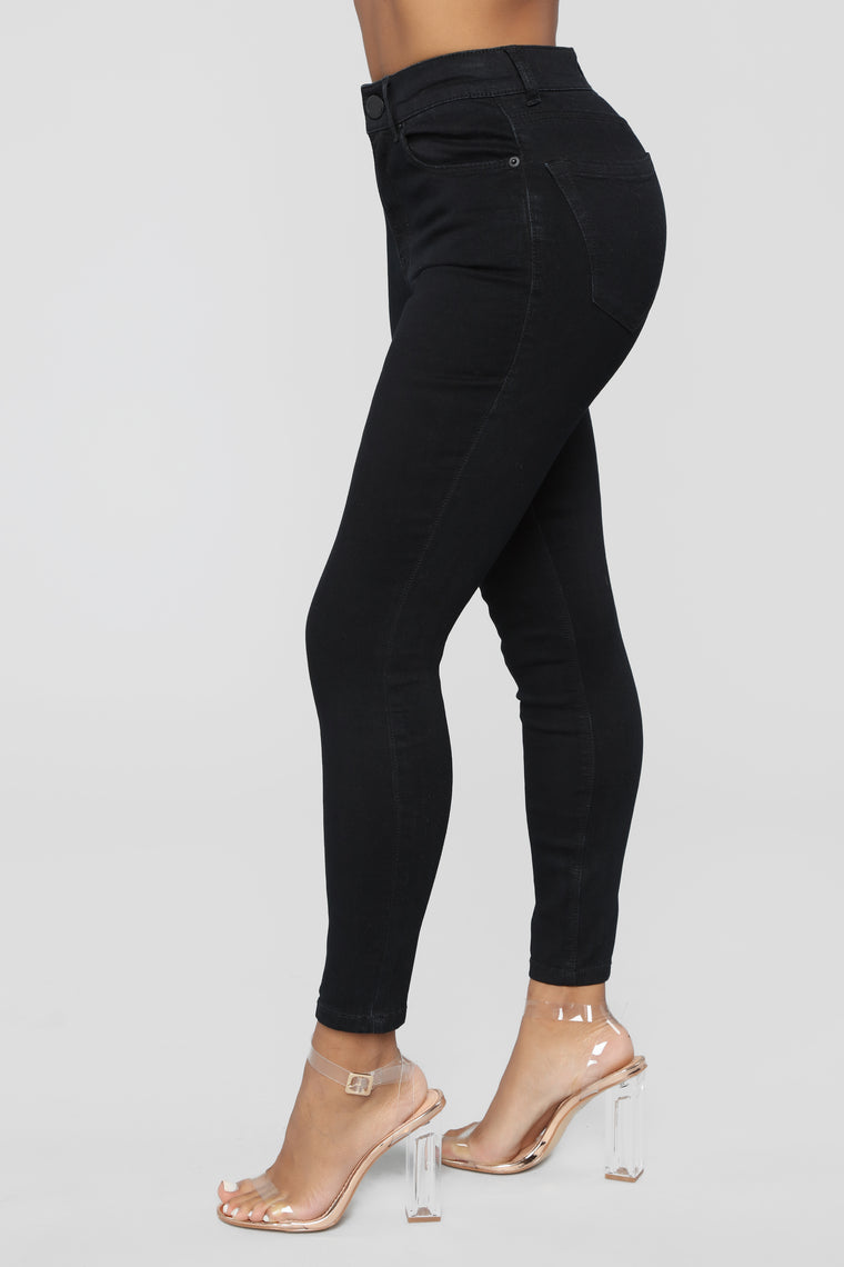 Miley High Rise Ankle Jeans - Black