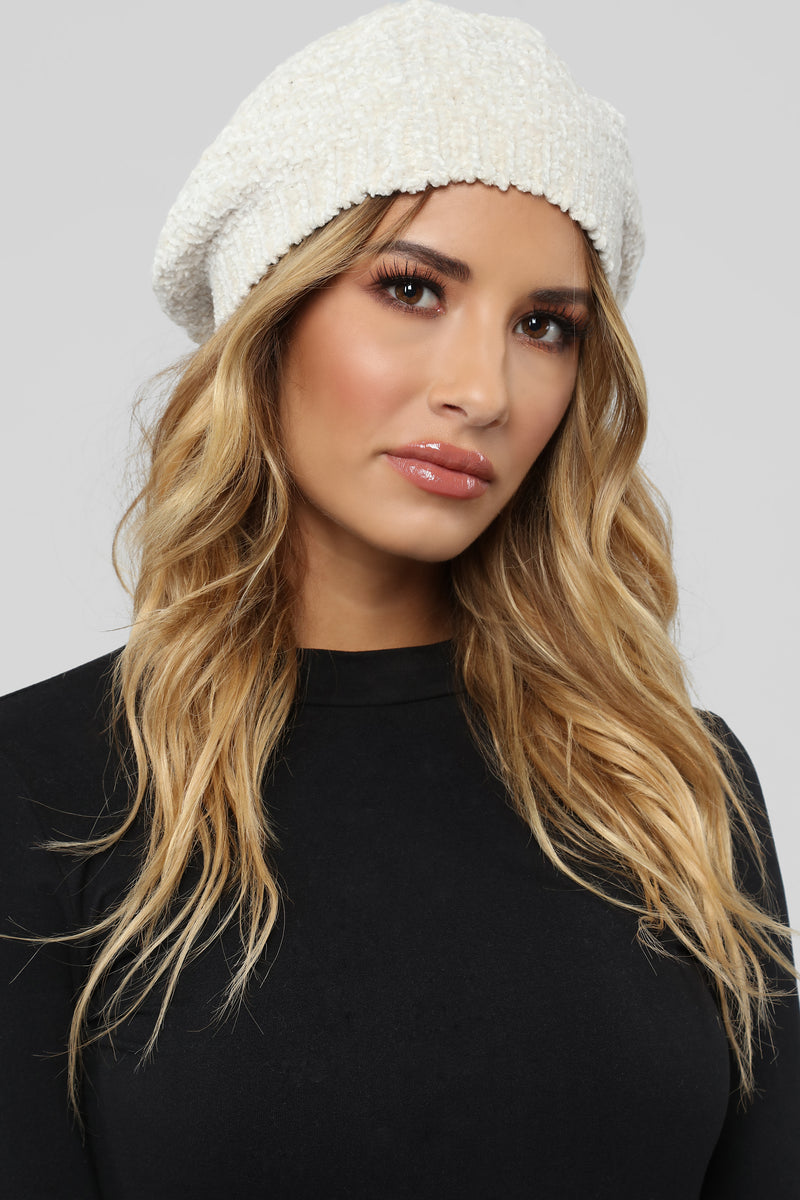 Feel The Chenille Beret - Ivory