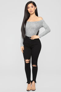 Aviva Off Shoulder Long Sleeve Top - Heather Grey