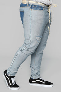 Inverso Skinny Jeans - Light Wash Angle 11