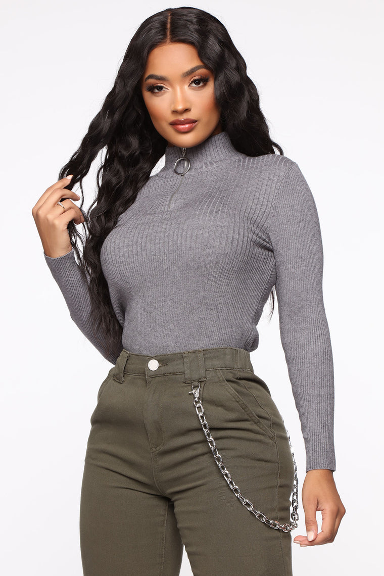 Need To Know You Quarter Zip Sweater - Heather Grey