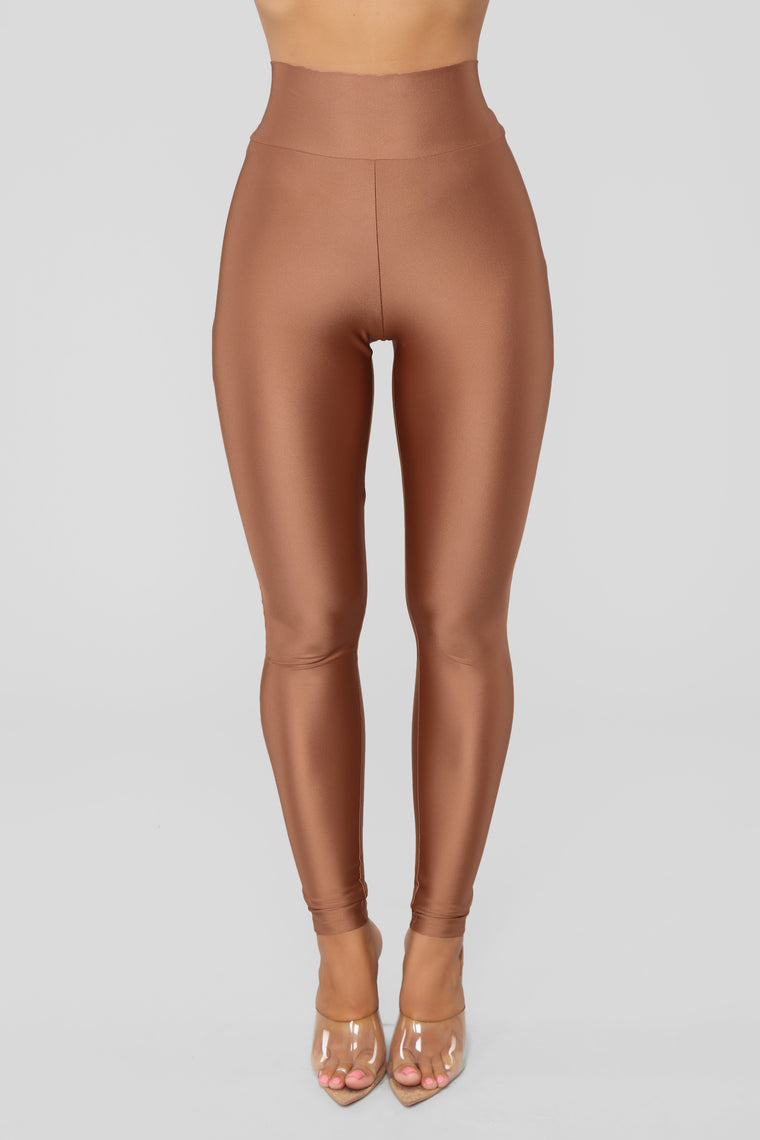 Focus On Me Ruched Leggings - Marsala
