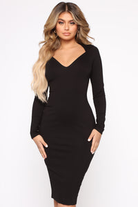 Well Respected Midi Dress - Black Angle 2