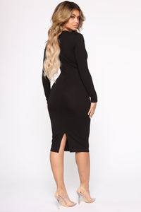 Well Respected Midi Dress - Black Angle 4