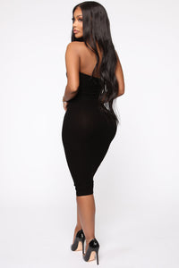Take It Easy Tube Midi Dress - Black Angle 4
