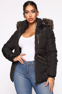 Madison Avenue Puffer Jacket - Black