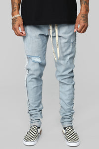 Inverso Skinny Jeans - Light Wash Angle 3