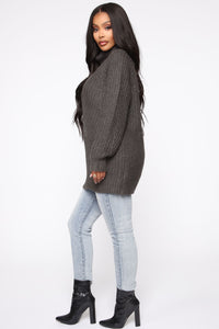 Keeping It Real Cozy Sweater - Charcoal Angle 4