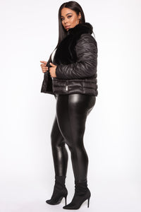 In The Loop Puffer Jacket - Black Angle 9