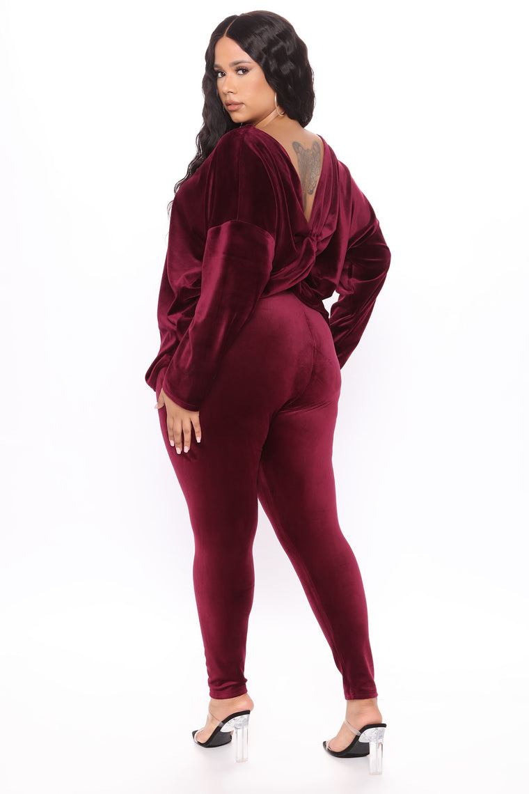 Don't Get This Twisted Super Soft Velour Legging Set - Burgundy