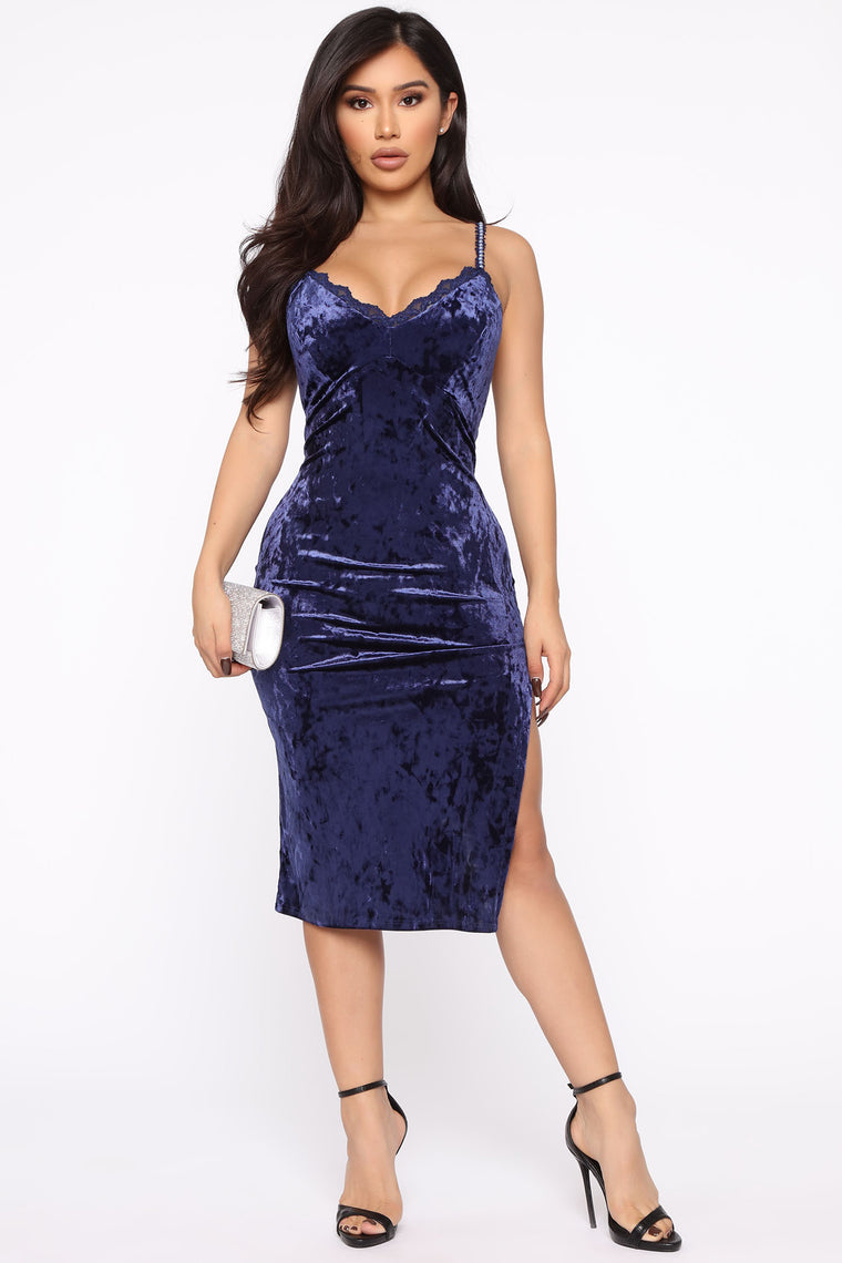 Heart To Heart Velvet Midi Dress - Navy