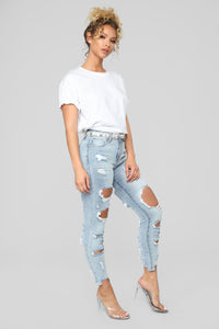 Tiffany High Rise Distressed Jeans - Light Blue Wash