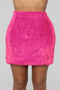 Don't Blend In Faux Fur Skirt - Fuchsia