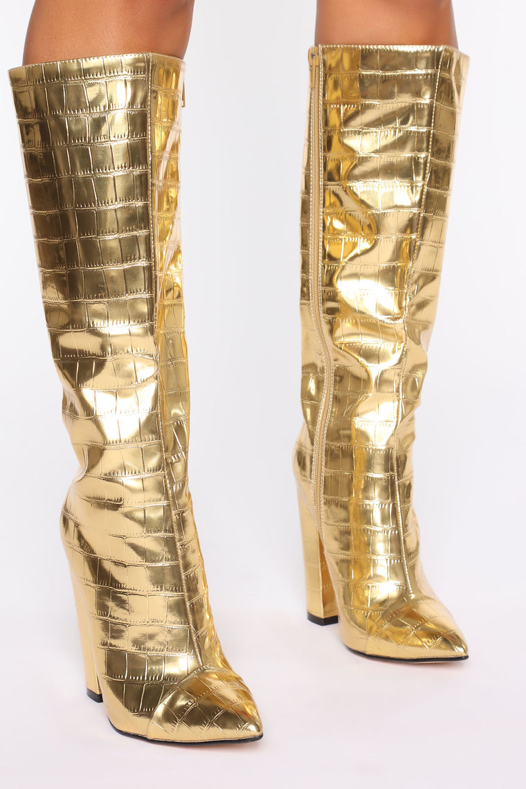 Ooh She's Sassy Boots - Gold