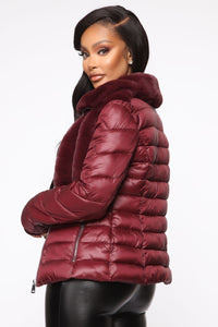 In The Loop Puffer Jacket - Burgundy Angle 4