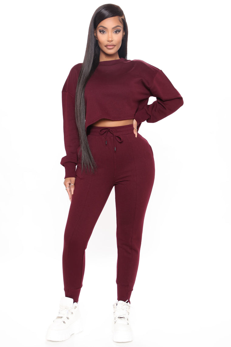 Looking For You Jogger Set - Burgundy