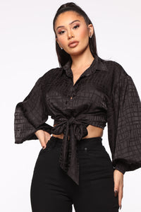 Out Of My Way Satin Top - Black