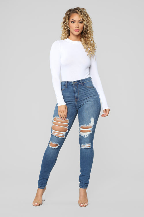 Main Squeeze High Rise Distressed Jeans - Medium Blue Wash