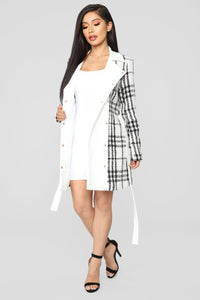 Feeling Rich Coat - White/Combo
