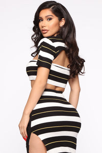 Stripe Down 3 Piece Set - Black/Combo Angle 4