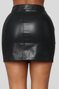 Hard Not To Love Skirt Set - Black