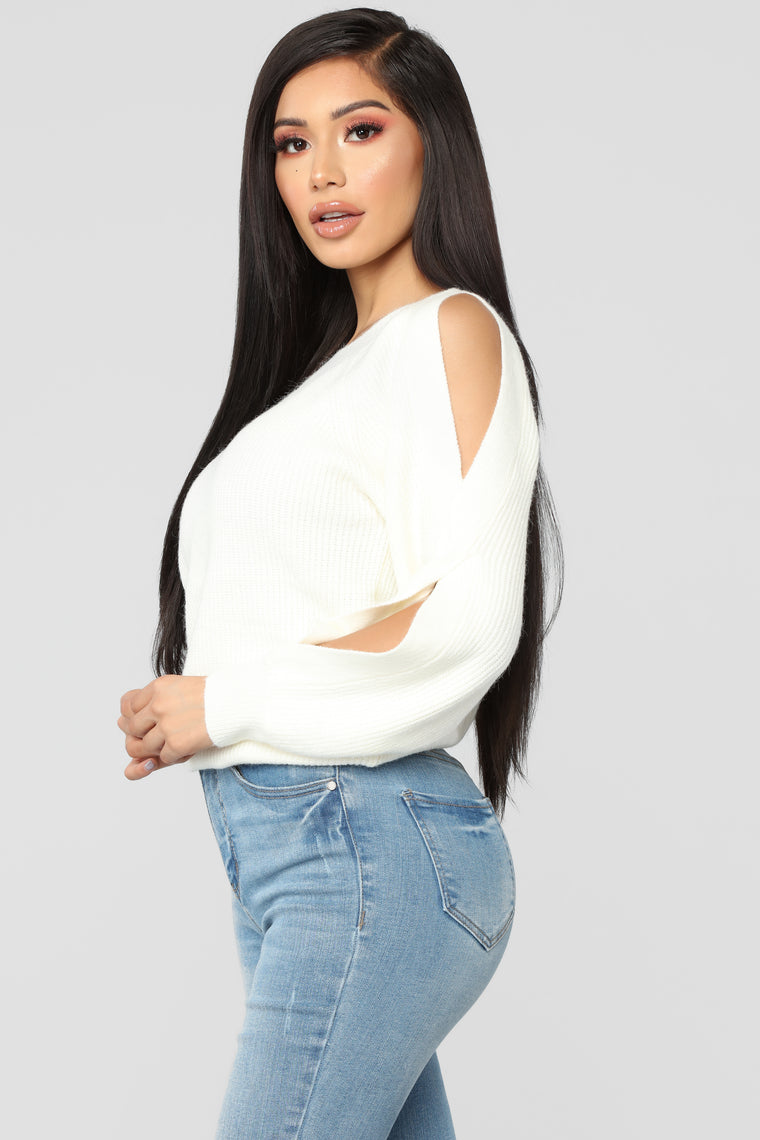 Don't Twist My Arm Top - Ivory